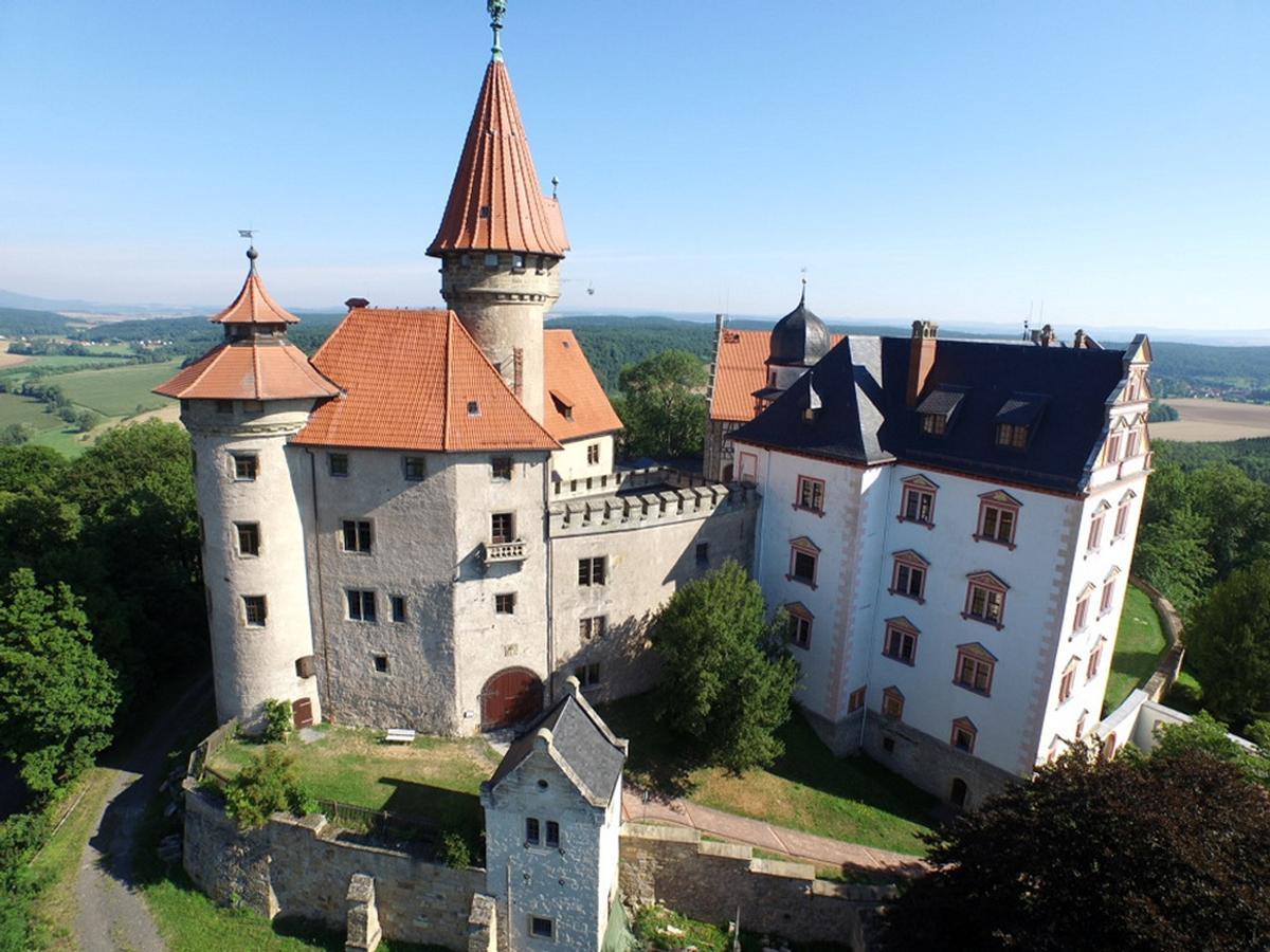 Den Burgen ein Museum