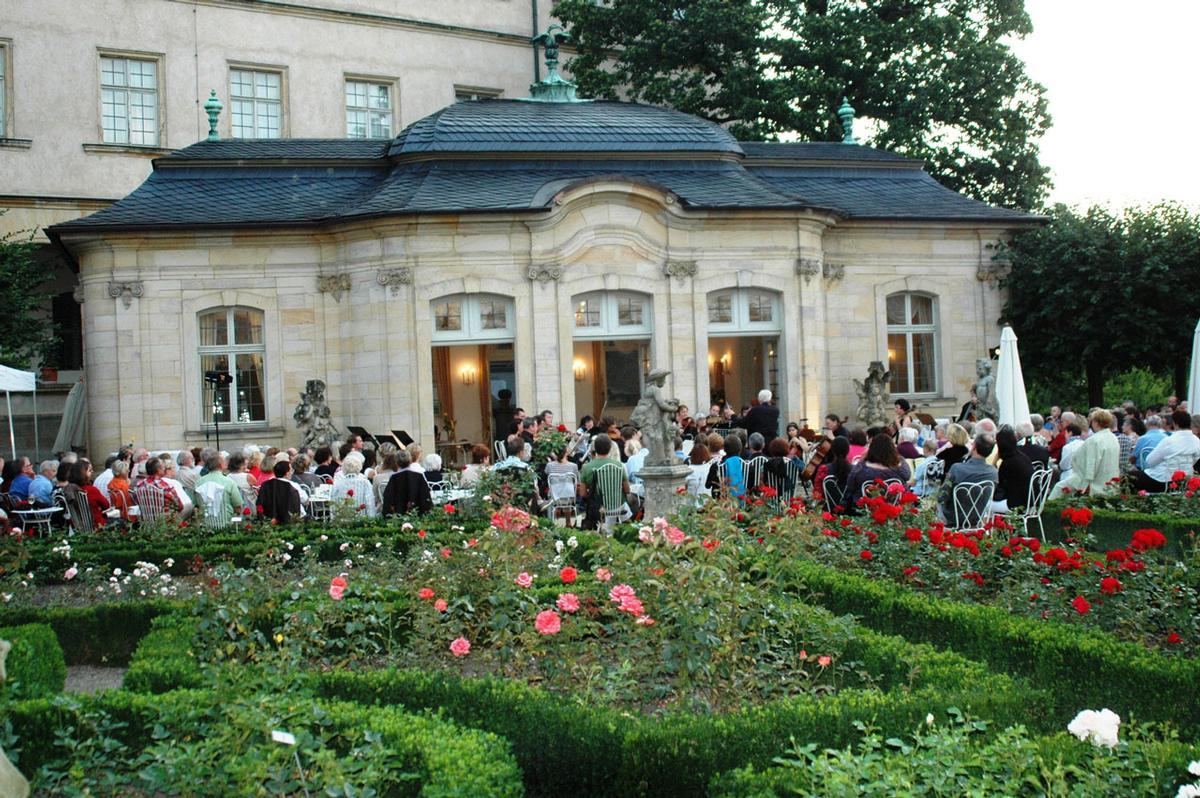 Rosengarten-Serenaden auch in Johanniskapelle