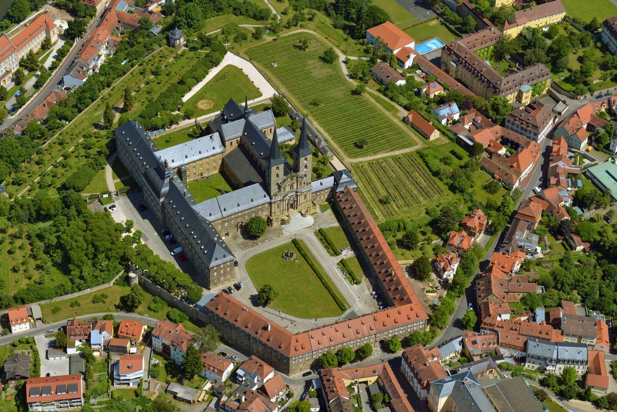 Ausschreibung Kunstprojekt zu  1000 Jahre Kloster Michaelsberg