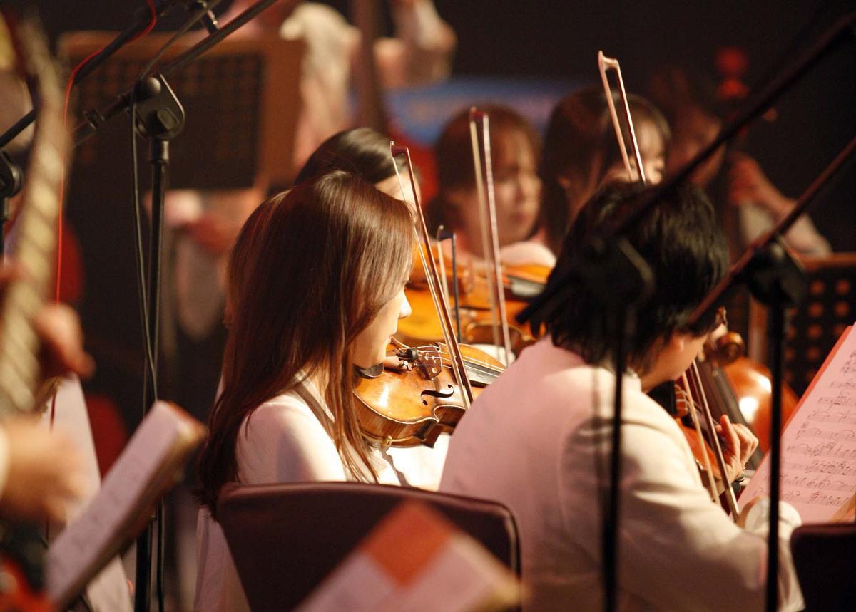 Symphonische Erzählungen, aber con brio