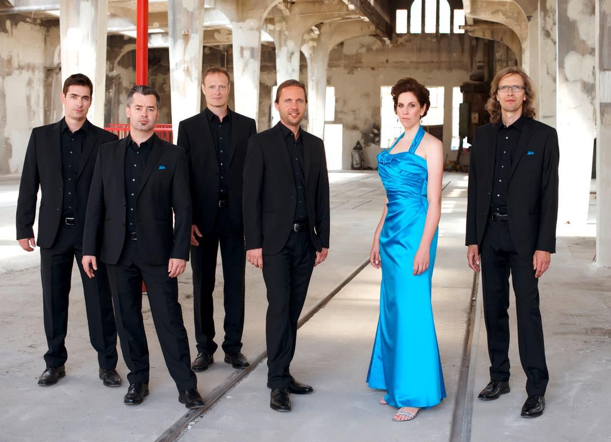 "Männerquintett plus Frau und die ""Musica Nova"""